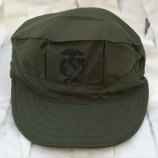 Καπέλο οκτάγωνο χρώματος χακί αμερικάνικης ραφής.